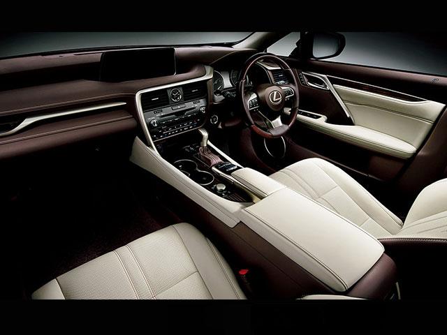 レクサス RX(価格:450~500万円)の新車グレード一覧(1ページ目